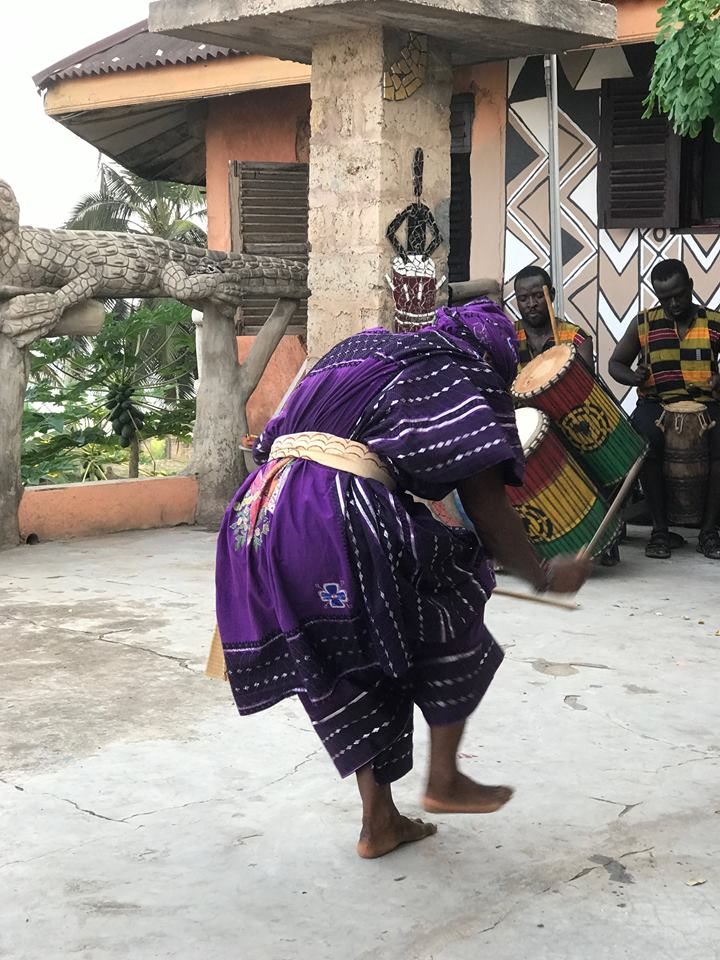 Cross Cultural Collaborative is an educational non-profit that invites people to Ghana to promote cultural exchange and understanding through the arts. They offer workshops in indigenous African crafts, culturally relevant tours, and volunteer opportunities.